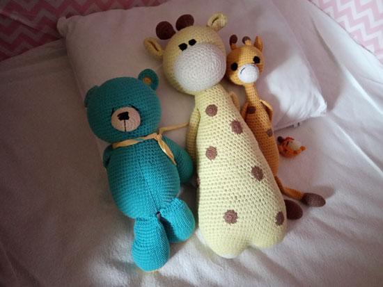 Лучшие друзья девушек - это два с половиной жирафа...и один медведь